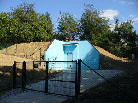 pompownia i zbiorniki na wodę przy ul. Sportowej w Górkach (kliknięcie spowoduje powiększenie obrazu)